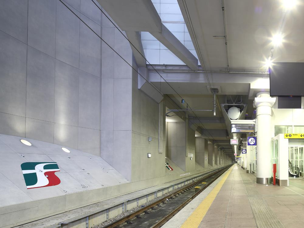 Bologna Railway Station: Photo 6